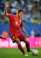 FUSSBALL   1. BUNDESLIGA   SAISON 2012/2013   LIGA TOTAL CUP  FC Bayern Muenchen - SV Werder Bremen       04.08.2012 Mario Gomez (FC Bayern Muenchen) Einzelaktion am Ball