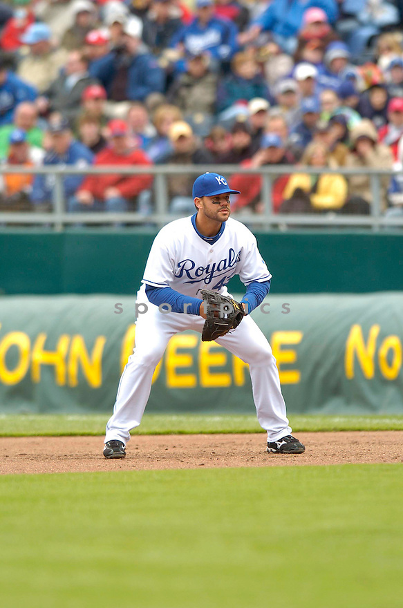 RYAN SHEALY, of the Kansas City Royals during their game against the Boston Red Sox, on April 5, 2007 in Kansas City, Missouri. ..Red Sox  win 4-1....DAVID DUROCHIK / SPORTPICS