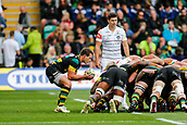 9th September 2017, Franklins Gardens, Northampton, England; Aviva Premiership Rugby, Northampton Saints versus Leicester Tigers; Nic Groom of Northampton Saints feeds the scrum