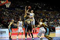 GRONINGEN - Basketbal, Donar - Den Helder Suns, Martiniplaza, Dutch Basketbal League,  seizoen 2018-2019, 27-11-2018,  Donar speler Grant Sitton legt aan voor een schot