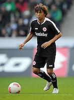 FUSSBALL   1. BUNDESLIGA  SAISON 2012/2013   7. Spieltag   Borussia Moenchengladbach - Eintracht Frankfurt   07.10.2012 Takashi Inui (Eintracht Frankfurt)  Einzelaktion am Ball