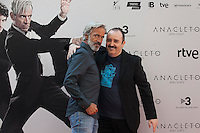 Spanish actors Carlos Areces (R) and Imanol Arias pose during the `Anacleto agente secreto´ film presentation in Madrid, Spain. September 01, 2015. (ALTERPHOTOS/Victor Blanco)
