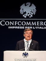 Il Ministro dello Sviluppo Economico Flavio Zanonato parla all'assembea annuale della Confcommercio a Roma, 12 giugno 2013.<br /> Economic Development Minister Flavio Zanonato speaks during the Italian Confcommercio traders association's annual assembly in Rome, 12 June 2013.<br /> UPDATE IMAGES PRESS/Riccardo De Luca
