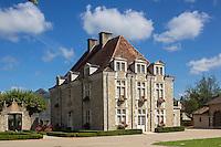 France, Aquitaine, Pyrénées-Atlantiques, Béarn, Sauveterre-de-Béarn:  Mairie de Sauveterre-de-Béarn<br />   //  France, Pyrenees Atlantiques, Bearn, Sauveterre de Béarn: City hall