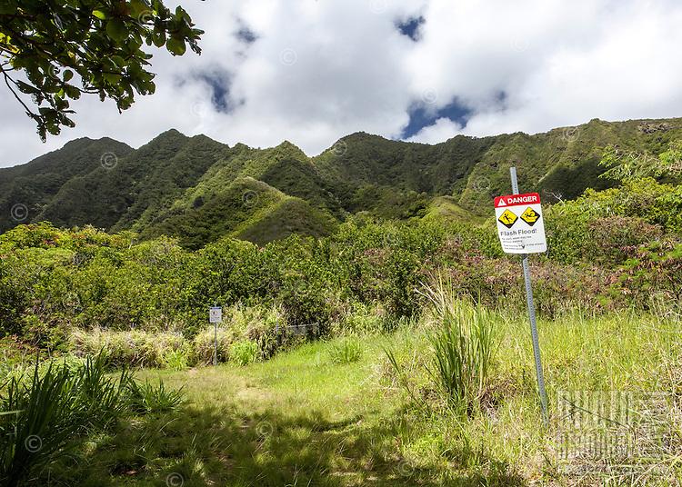 Sacred Falls Trail Warning Sign, Hau'ula, O'ahu