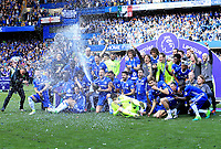 Chelsea celebrate winning the Premier League during the Premier League match between Chelsea and Sunderland at Stamford Bridge on May 21st 2017 in London, England. <br /> Festeggiamenti Chelsea vittoria Premier League <br /> Foto Leila Cocker/PhcImages/Panoramic/Insidefoto