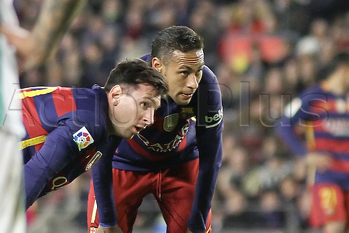 30.12.2015. Nou Camp, Barcelona, Spain. La Liga. Barcelona versus Real Betis. Neymar & Messi discuss a free kick tactic during the match