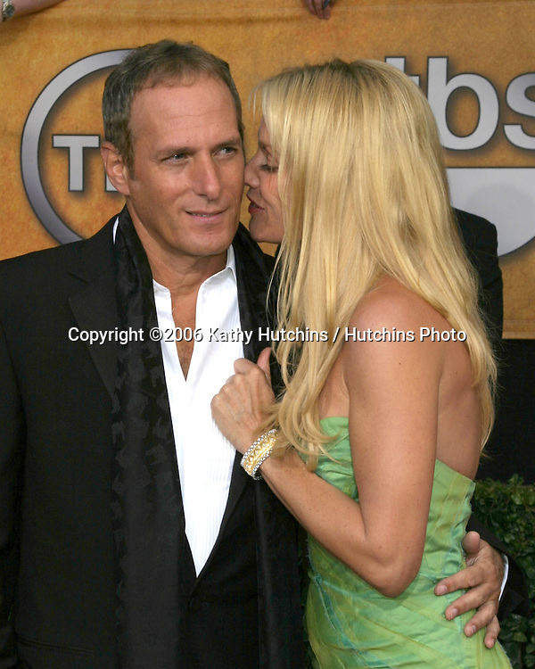 Michael Bolton.Nicolette Sheridan.12th Annual Screen Actors Guild  Awards.Shrine Auditorium.Los Angeles, CA.January 29, 2006.©2006 Kathy Hutchins / Hutchins Photo....