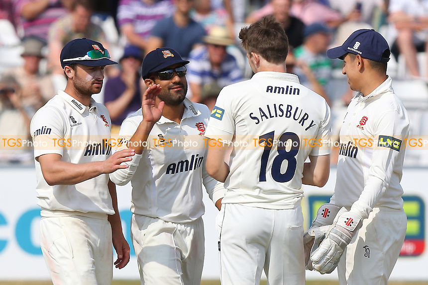 Matt Salisbury of Essex (18) is congratulated by his team mates after taking the wicket of Mitchell Marsh - Essex CCC vs Australia - Tourist Match ahead of the 2015 Ashes Series at the Essex County Ground, Chelmsford, Essex - 03/07/15 - MANDATORY CREDIT: Gavin Ellis/TGSPHOTO