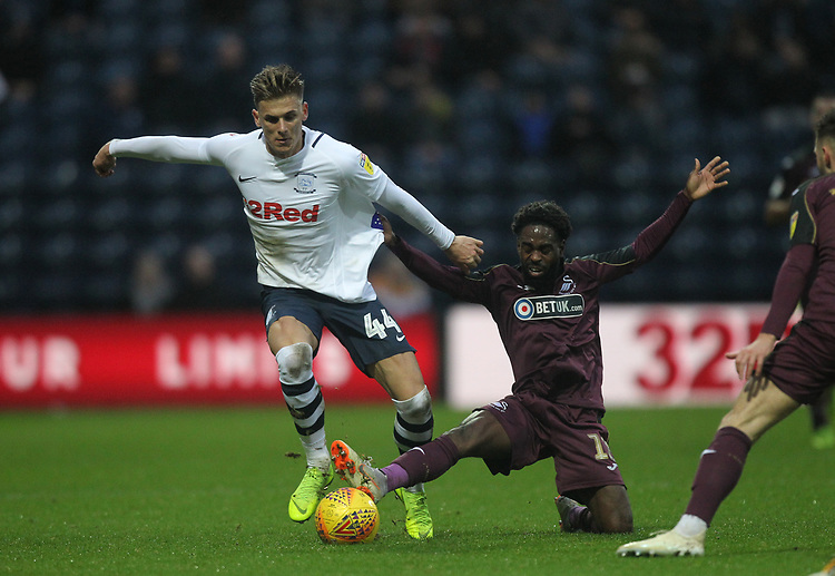Preston North End's Brad Potts battles with  Swansea City's Nathan Dyer<br /> <br /> Photographer Mick Walker/CameraSport<br /> <br /> The EFL Sky Bet Championship - Preston North End v Swansea City - Saturday 12th January 2019 - Deepdale Stadium - Preston<br /> <br /> World Copyright &copy; 2019 CameraSport. All rights reserved. 43 Linden Ave. Countesthorpe. Leicester. England. LE8 5PG - Tel: +44 (0) 116 277 4147 - admin@camerasport.com - www.camerasport.com