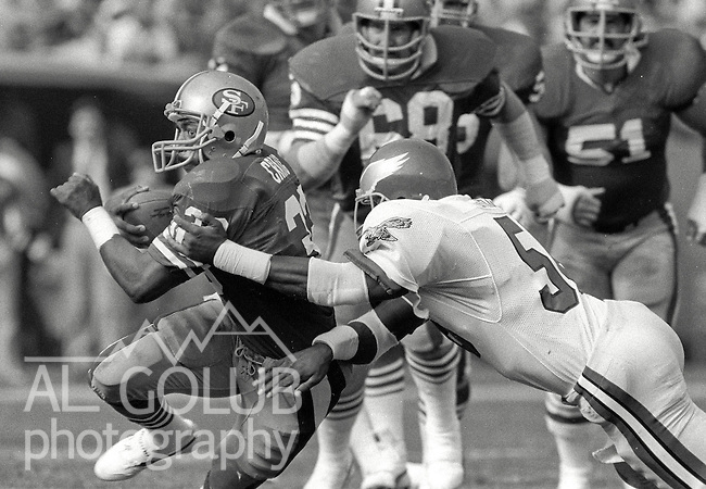 San Francisco 49ers vs. Philadelphia Eagles at Candlestick Park Sunday, November 3, 1985..49ers beat the Eagles 24-13.San Francisco 49ers Running Back Roger Craig (33)..