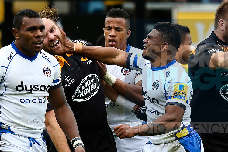 Bath's Kyle Eastmond takes exception to a comment from London Wasps' Andy Goode - Rugby Union - 2014 / 2015 Aviva Premiership - Wasps vs. Bath - Adams Park Stadium - London - 11/10/2014 - Pic Charlie Forgham-Bailey/Sportimage