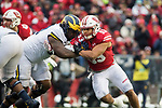 Wisconsin Badgers linebacker T.J. Edwards (53) during an NCAA College Big Ten Conference football game against the Michigan Wolverines Saturday, November 18, 2017, in Madison, Wis. The Badgers won 24-10. (Photo by David Stluka)