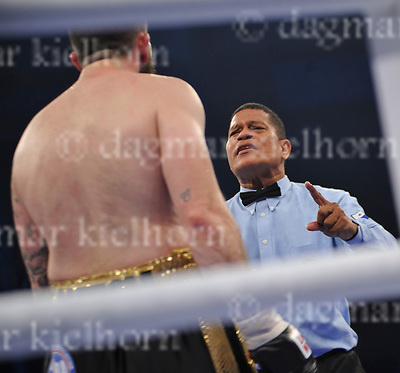 June 17-17,RITTAL ARENA, WETZLAR,GER<br /> WBA Championship Super Middleweight<br /> Tyron Zeuge ,GER vs. Paul Smith,UK<br /> After a knockdown Smith gets the counting by the referee.<br /> Zeuge wins by unanimous decision