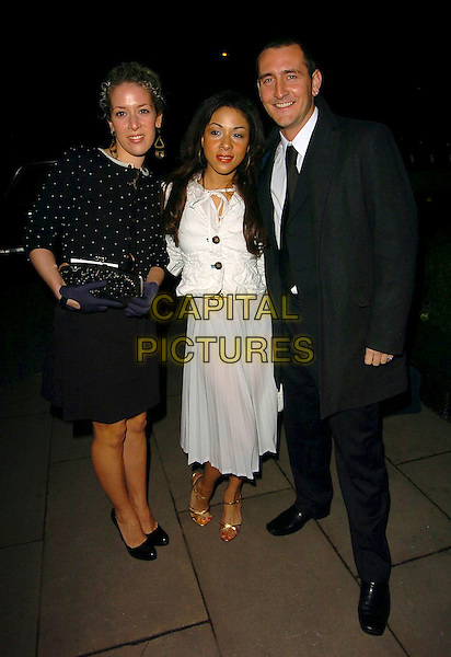 NATALIE CASEY, KATHRYN DRYSDALE  & WILL MELLOR.At the 54 th Annual Varitey Club Dinner & Ball, Grosvenor House, Park Lane, London, Egland, March 11th 2006..full length katherine katharine.Ref: CAN.www.capitalpictures.com.sales@capitalpictures.com.©Capital Pictures