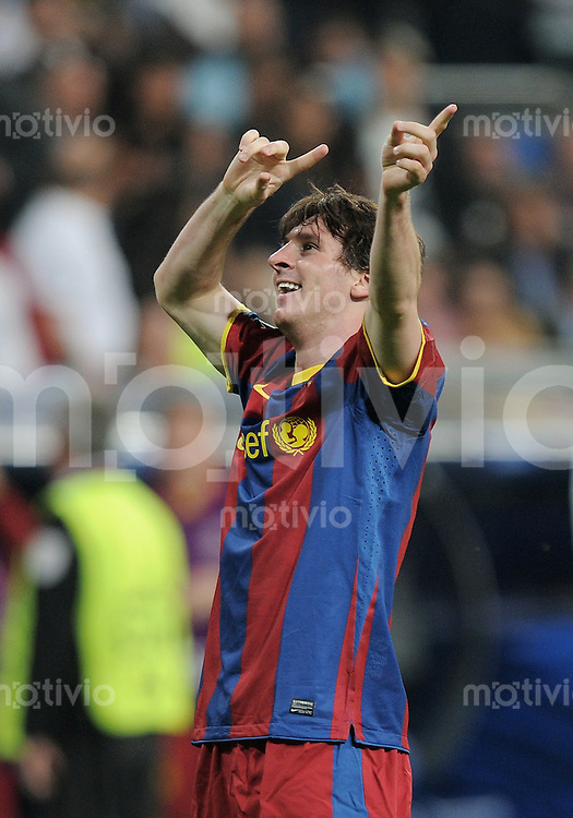 FUSSBALL   CHAMPIONS LEAGUE   SAISON 2010/2011   Halbfinale  27.04.2011 Real Madrid  -  FC Barcelona JUBEL Zweifacher Torschuetze Lionel Messi (Barca)