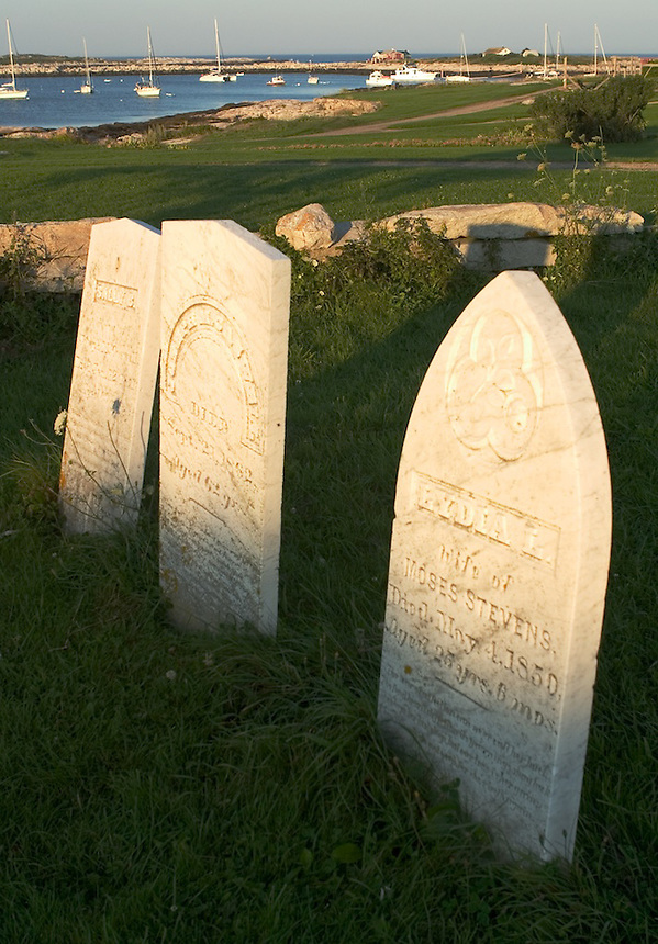 Old cemetery marks the graves of the notable Caswell family of Gosport, Star Island,Isles of Shoals..Photograph by Peter E. Randall