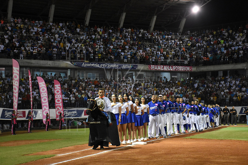 MONTERIA - COLOMBIA, 14-01-2020: Vaqueros de Montería y Gigantes de Barranquilla en partido 3 de la serie final de la Liga Profesional de Béisbol Colombiano temporada 2019-2020 jugado en el estadio estadio Dieciocho de Junio de la ciudad de Montería. / Vaqueros de Monteria and Gigantes de Barranquilla in match 3 final serie as part Colombian Baseball Professional League season 2019-2020 played at Baseball Stadium on June 18 in Monteria city. Photo: VizzorImage / Andres Felipe Lopez / Cont