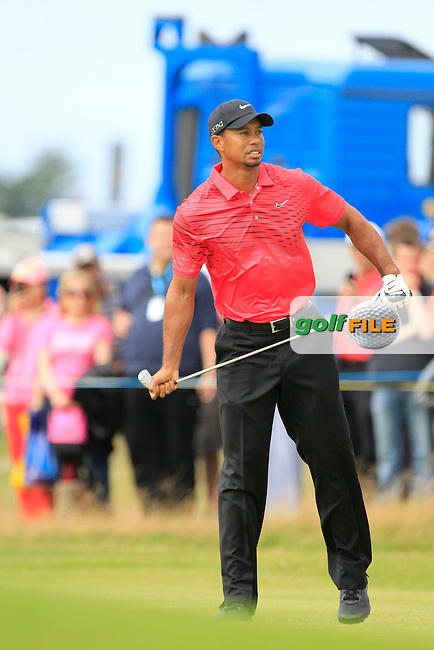 Tiger Woods (USA) on the 3rd during round 4 of THE 141st OPEN CHAMPIONSHIP, Royal Lytham & St Annes GC,Lytham St Annes,Lancashire,England. 22/07/2012.Picture Fran Caffrey www.golffile.ie