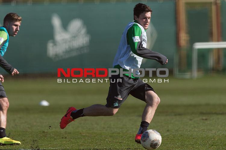 11.03.2014, Platz 5, Bremen, GER, 1.FBL, Werder Bremen Training, im Bild<br /> <br /> Zlatko Junuzovic (Bremen #16)<br /> <br /> Foto &copy; nordphoto / Kokenge