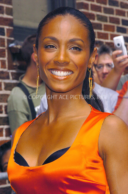 Gorgeous Jada Pinkett Smith making an appearance on Letterman Show. New York, August 5, 2004. Please byline: AJ SOKALNER -- ACEPIXS.COM   .. *** ***..Ace Pictures, Inc:  ..Contact: Alecsey Boldeskul (646) 267-6913 ..Philip Vaughan (646) 769-0430..e-mail: info@acepixs.com
