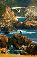 The Rocky Creek Bridge and Highway 1 along the Central Coast, Big Sur, California.
