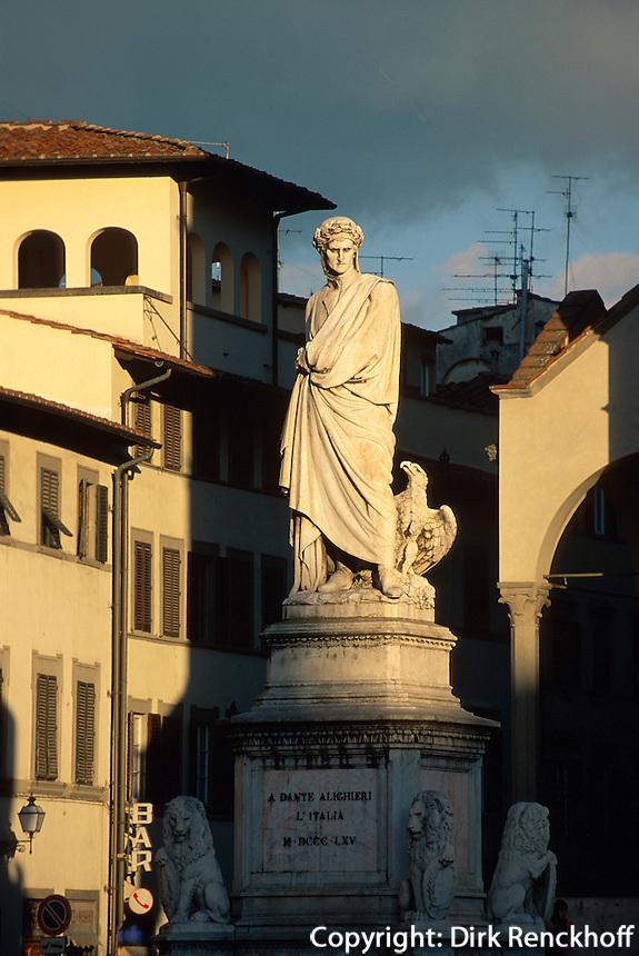 bei Santa Croce, Denkmal Dante Alighieri, Florenz, Toskana, Italien, Unesco-Weltkulturerbe