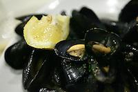 Un piatto di cozze nell'osteria a Cantina de Mananan a Corniglia, uno dei borghi delle Cinque Terre.<br /> A dish of mussels in the restaurant A Cantina de Mananan in Corniglia, at the Cinque Terre.<br /> UPDATE IMAGES PRESS/Riccardo De Luca