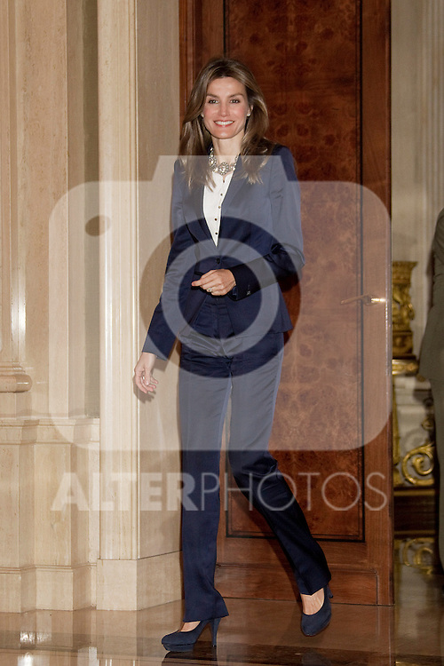 MADRID, (27/09/2010).- Madrid Princess Letizia attended an audience to a representation of Amyotrophic Sclerosis Asociation, at La Zarzuela Palace.  ..Photo: Cear Cebolla / ALFAQUI