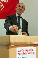 Elezioni  primarie del centrosinistra per la scelta del candidato  a presidente della regione campania<br /> nella foto Marco di Lello