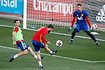 Spain's Nacho Fernandez (l), Cesar Azpilicueta (c) and Sergio Rico during training session. March 20,2017.(ALTERPHOTOS/Acero)