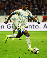 Breel Embolo (FC Schalke 04) greift an - 11.11.2018: Eintracht Frankfurt vs. FC Schalke 04, Commerzbank Arena, DISCLAIMER: DFL regulations prohibit any use of photographs as image sequences and/or quasi-video.