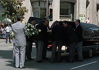 Funerailles non-identifiée<br /> , a la basilique Notre-dame<br /> <br />  date inconnue (entre 1994 et 2004)