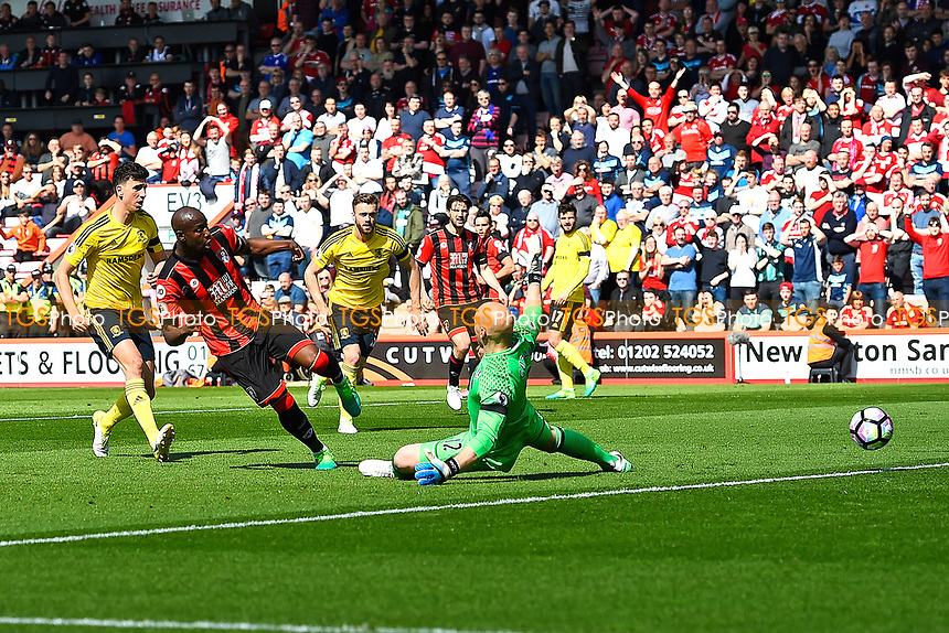 Benik Afobe of AFC Bournemouth scores the second goal past Middlesbrough keeper Brad Guzan of Middlesbrough during AFC Bournemouth vs Middlesbrough, Premier League Football at the Vitality Stadium on 22nd April 2017