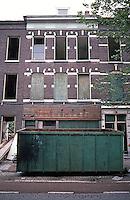 Rotterdam: Retrofitting of housing stock in progress--Oranjeboom Str. Photo '87.