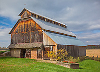 Parke County, IN: Weathered wood barn in fall