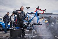 post-Spring Classics bike cleaning<br /> <br /> 103rd Liège-Bastogne-Liège 2017 (1.UWT)<br /> One Day Race: Liège › Ans (258km)