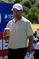 Jose Maria Olazabal (ESP) enjoys a cup of Barrys Tea during Wednesday's Pro-Am of the 2014 Irish Open held at Fota Island Resort, Cork, Ireland. 18th June 2014.<br /> Picture: Eoin Clarke www.golffile.ie