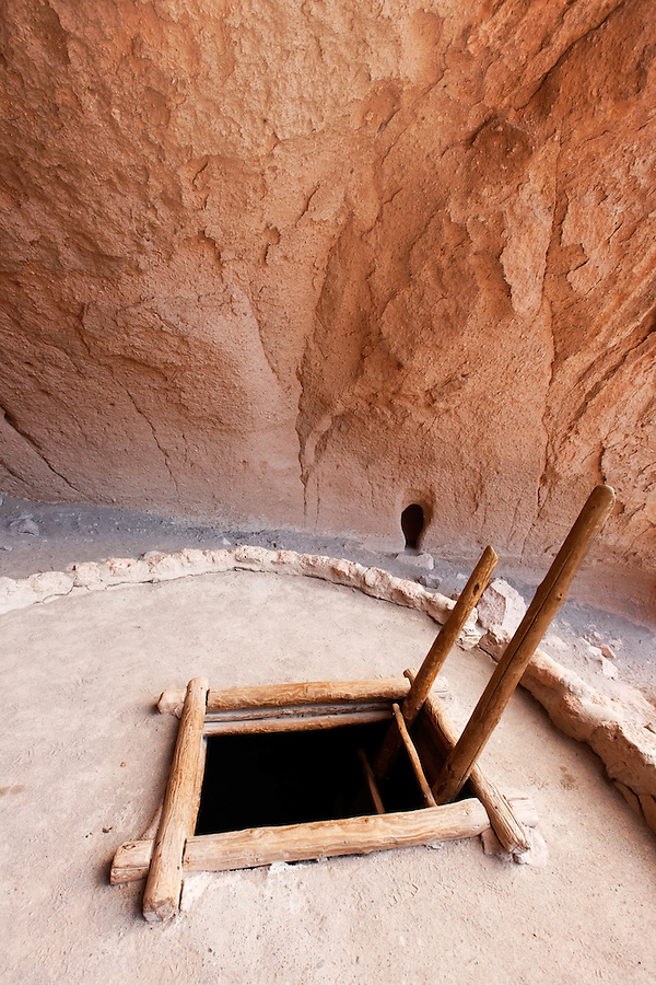 Ladder leading down into Alcove House kiva, Bandelier National Monument, New Mexico, USA