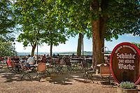 Deutschland, Bayern, Unterfranken, Wuerzburg: Schaenke zur alten Wache auf der Festung Marienberg | Germany, Bavaria, Lower Franconia, Wuerzburg: landmark castle Marienberg's castle tavern