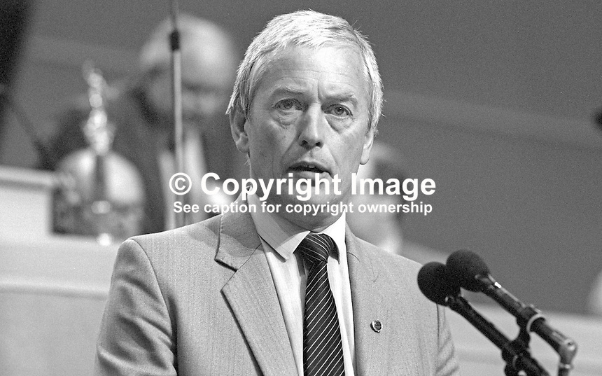 John Sheldon, general secretary, Civil Service Union, UK, at annual conference, TUC, Trades Union Congress. 19860908JS2<br />
