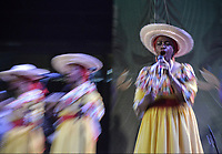 CALI - COLOMBIA. 14-08-2019: El grupo de músca autóctona Bombo Negro hace su presentación durante el primer día del XXIII Festival de Música del Pacífico Petronio Alvarez 2019 el festival cultural afro más importante de Latinoamérica y se lleva acabo entre el 14 y el 19 de agosto de 2019 en la ciudad de Cali. / The group Bombo Negro makes its performance of autochthonous music during the XXII Pacific Music Festival Petronio Alvarez 2019 that is the most important afro descendant cultural festival of Latin America and takes place between August 14 and 19, 2019, in Cali city. Photo: VizzorImage/ Gabriel Aponte / Staff