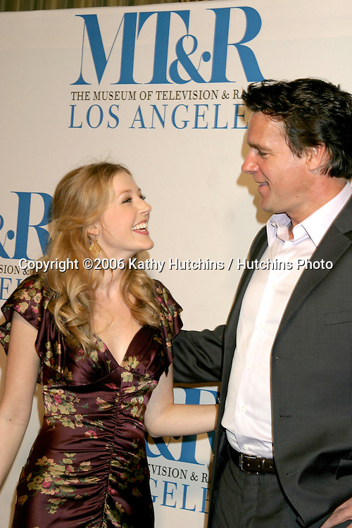Jennifer Finnigan & David James Elliott.Museum of TV & Radio Annual Gala IHO Les Moonves and Jerry Bruckheimer.Regent Beverly Wilshire Hotel.Beverly Hills, CA.October 30, 2006.©2006 Kathy Hutchins / Hutchins Photo....