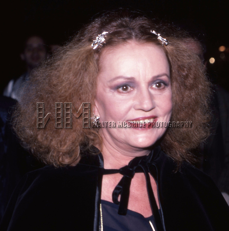 Jeanne Moreau attends a play on May 5, 1983 at a Broadway Theatre in New York City.