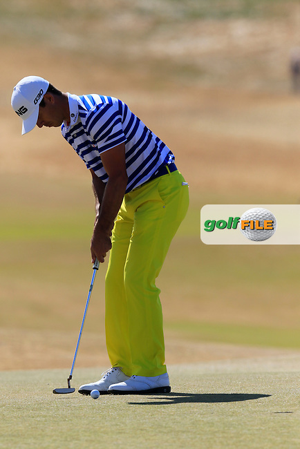 Billy HORSCHEL (USA) putts on the 5th green during Friday's Round 2 of the 2015 U.S. Open 115th National Championship held at Chambers Bay, Seattle, Washington, USA. 6/19/2015.<br /> Picture: Golffile | Eoin Clarke<br /> <br /> <br /> <br /> <br /> All photo usage must carry mandatory copyright credit (&copy; Golffile | Eoin Clarke)