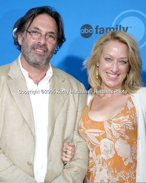 Ken Olin & Patricia Wettig.ABC Television Group TCA Party.Kids Space Museum.Pasadena, CA.July 19, 2006.©2006 Kathy Hutchins / Hutchins Photo....