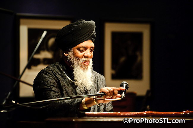 Dr. Lonnie Smith Trio performing at Jazz at the Bistro in St. Louis, MO on March 18, 2009.
