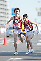 (L to R) Takaaki Osako (Waseda-Univ), Koki Nanba (Waseda-Univ), JANUARY 2, 2012 - Athletics : The 88th Hakone Ekiden Race Hiratsuka Relay place in Kanagawa, Japan. (Photo by Atsushi Tomura/AFLO SPORT) [1035].