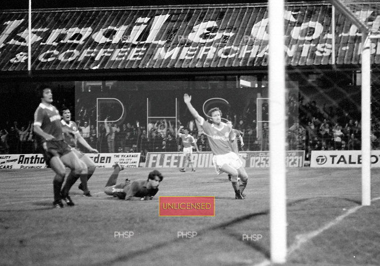 03/09/1980 Blackpool v Everton  League Cup 2nd Round 2nd Leg .Colin Morris celebrates after scoring past Jim McDonagh ....© Phill Heywood.