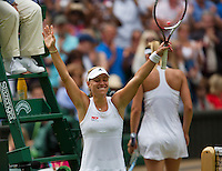 England, London, 28.06.2014. Tennis, Wimbledon, AELTC, Angelique Kerber (GER) defeats Sharapova (background) and celebrates<br /> Photo: Tennisimages/Henk Koster